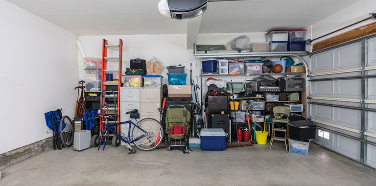 What are garage clean-up services - Winnipeg Junk Removal - Waste Recycling - Kloos Hauling & Demolition