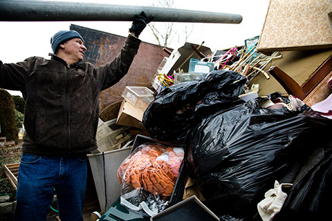 How is commercial junk removal different from residential junk removal? - Winnipeg Junk Removal - Junk Removal Winnipeg - Kloos Hauling & Demolition
