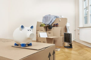 Downsizing and packing into boxes - Downsizing Winnipeg - Downsizing your home - Downsize my home - Kloos Hauling & Demolition