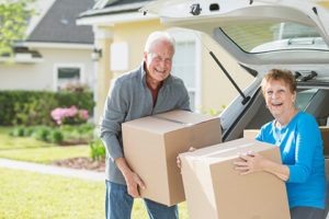 Packing boxes - Downsizing Winnipeg - Downsizing your home - Downsize my home - Kloos Hauling & Demolition