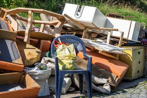 Benefits of choosing us for commercial junk removal in Winnipeg - Commercial Junk Removal Winnipeg - Winnipeg Junk Removal - Kloos Hauling & Demolition